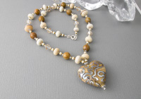 "Lampwork Necklace ""Golden Heart"""