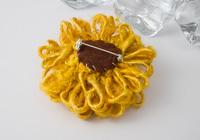 Sunflower Brooch alternative view 1