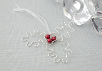 Holly Christmas Tree Wire Decoration