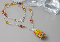 Golden Flower Necklace alternative view 1