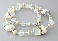 "Lampwork Necklace ""Ivory"""