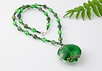 Emerald Green Lampwork Necklace alternative view 1