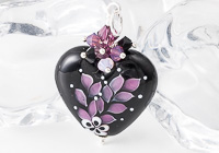 Leafy Heart Lampwork Pendant alternative view 2